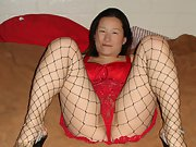 Asiancandy4u2c Spreading my legs wide to show off my pussy