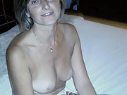 Mature housewife show her nude pics for all to see